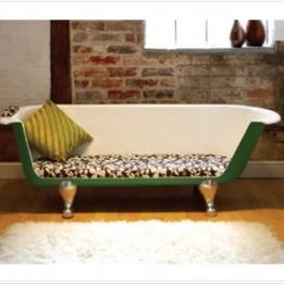 Bath Tub Sofa Chaise Longue From Breakfast At Tiffany's